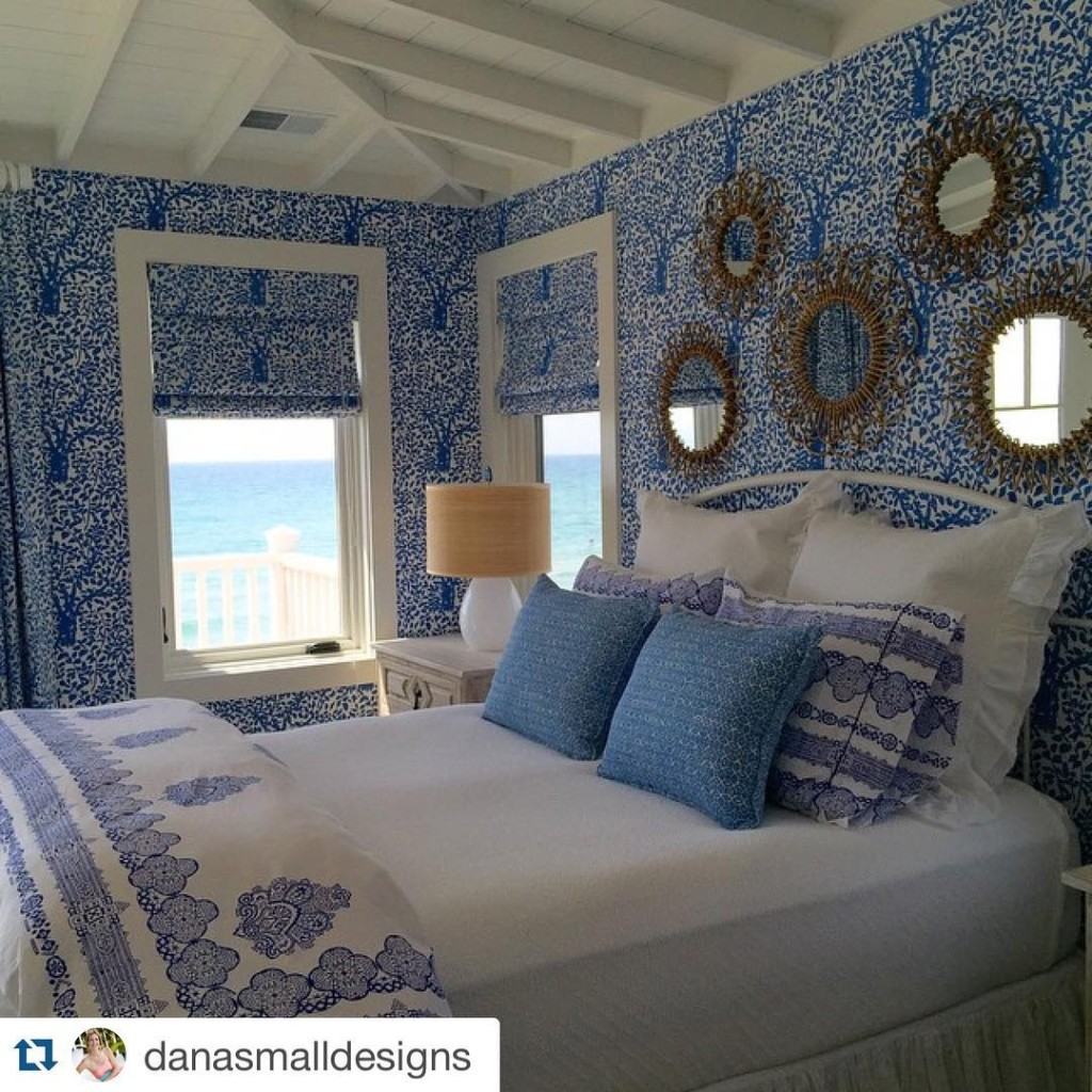 Repost danasmalldesigns we could totally relax in this stunning blueandwhitehellip