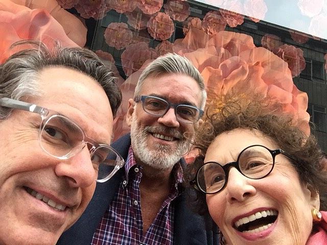 Tom Mark amp Bobbie tbt selfie paris twoscompany